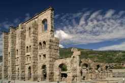 Aosta - mit römischer Hinterlassenschaft - Foto: © Wolfram Mikuteit