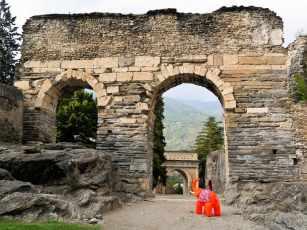 römischer Hinterlassenschaft in Susa - Foto: Thomas Falk