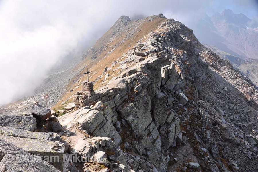 Colle della Crocetta - auf der Kante zwischen Orco- und Grandetal. Foto: © Wolfram Mikuteit